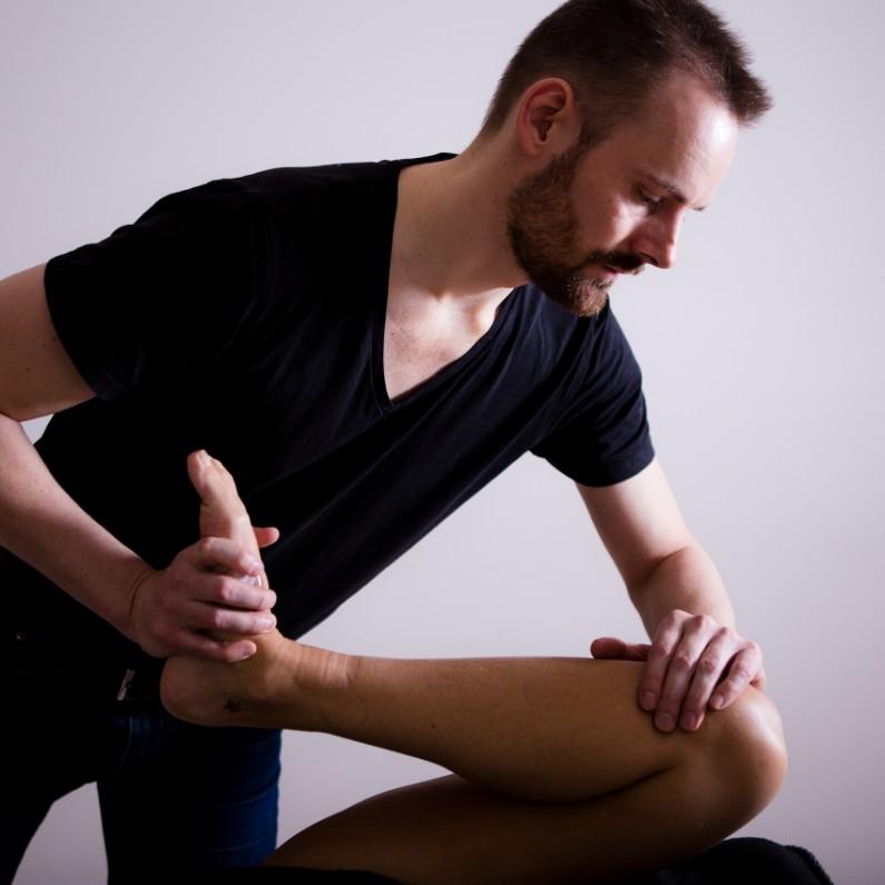 Lyst og evnen til at mærke lyst udspringer af hofte og lyske af Rudi Sorgenfri Kropsterapi